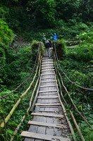 Подвесной мост.  Базовый лагерь Аннапурны + сафари Читвана. Непал, Hikeup