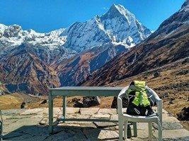 Столик в ABC, чтобы мы могли наслаждаться окружающей красотой.  Світанок біля підніжжя Аннапурни. Непал, Hikeup