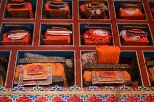 Священные книги.  Вокруг Аннапурны. Непал - Перевал Торонг-Ла, Hikeup