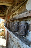 Молитвенные барабанчики в Навале.  Вокруг Аннапурны. Непал - Перевал Торонг-Ла, Hikeup