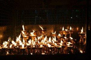 Подношение огня богам.  Вокруг Аннапурны. Непал - Перевал Торонг-Ла, Hikeup