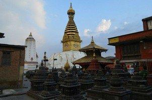 Ступа Сваямбунатх в Катманду.  Вокруг Аннапурны. Непал - Перевал Торонг-Ла, Hikeup