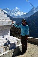 На фоне Эвереста.  Чарующий и таинственный Непал. Далеко и ещё дальше., Hikeup