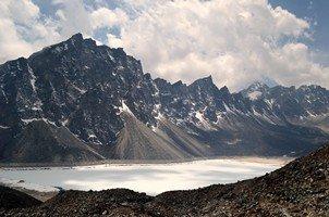 Четвертое озеро Гокио.  Чарующий и таинственный Непал. Далеко и ещё дальше., Hikeup