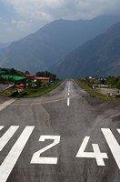 Аэропорт в Лукле.  Чарующий и таинственный Непал. Далеко и ещё дальше., Hikeup