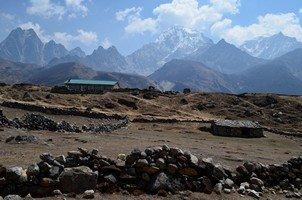 Жизнь на фоне гор.  Базовый лагерь Эвереста и озера Гокио, Hikeup