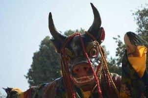 Ритуальная маска.  Тибетський Новий рік і Марді Хімал трек. Непал, Hikeup