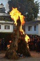 Сжигание торма.  Тибетський Новий рік і Марді Хімал трек. Непал, Hikeup