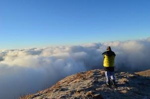На смотровой площадки Марди Химала.  Марді Хімал трек та рафтинг по Білій воді. Непал, Hikeup