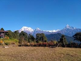 Вид из Австралийского лагеря.  Марді Хімал трек та рафтинг по Білій воді. Непал, Hikeup