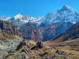 Вид на цирк Аннапурны с тропы между МВС и АВС.  От Марди до Аннапурны. Непал, Hikeup