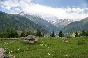 У ворот альпбазы.  Поход по грузинскому Кавказу. Верхняя Сванетия, Hikeup