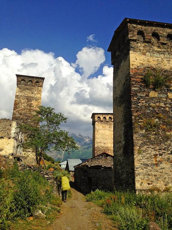 Маршрут лежит через средневековые деревни