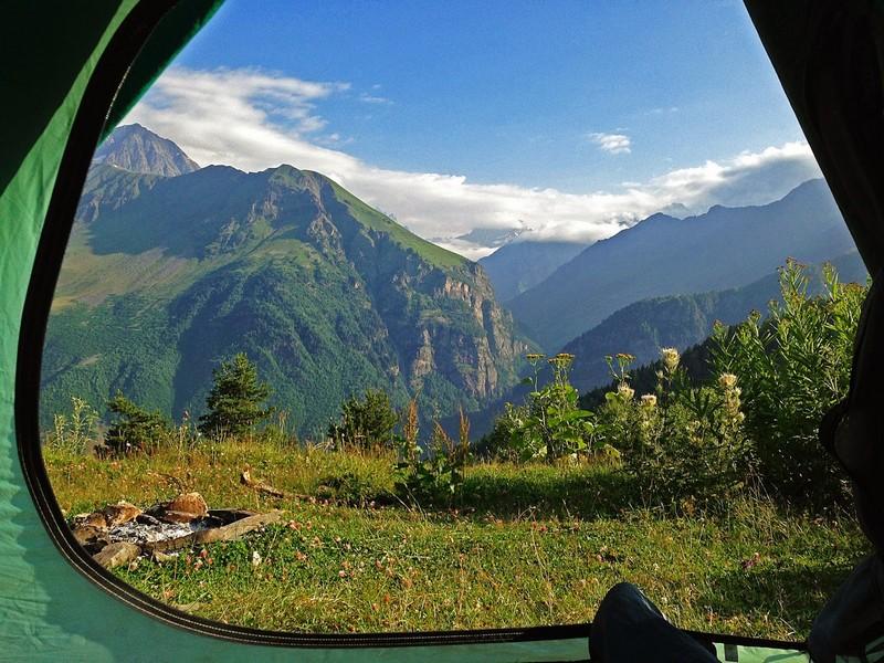 Вид из палатки в 8 утра. Это место было потрясающим, с него никак не хотелось уходить