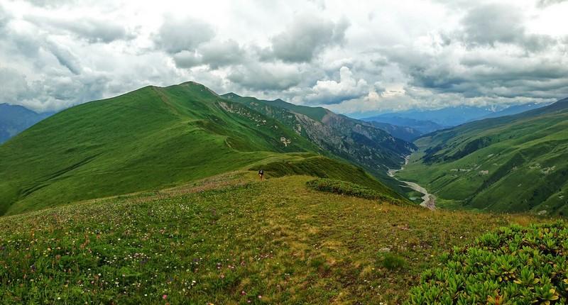 Перевал 2 700м