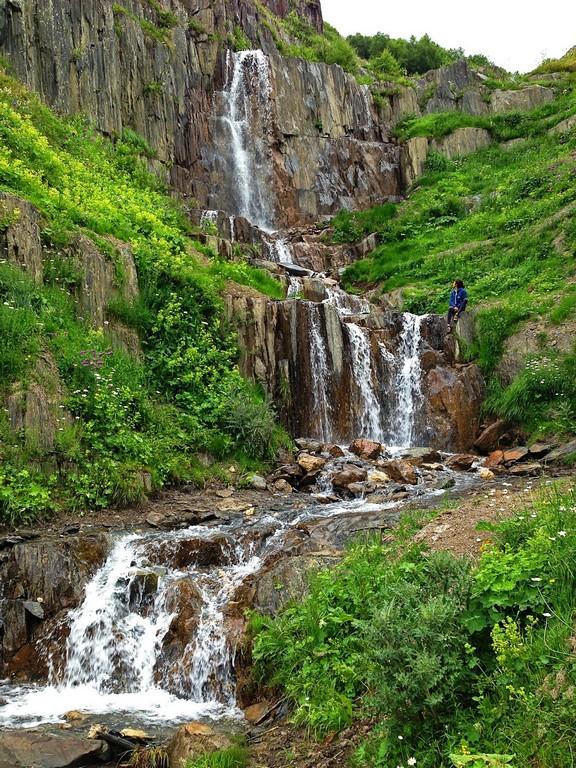 Водопад на маршруте