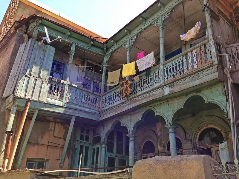 Балкончики - архитектура типичная только для Тбилиси