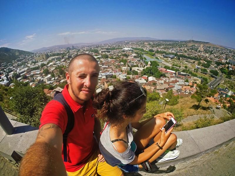 Вид на Тбилиси с вершины крепости Нарикала