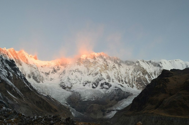 Nepal_Dawn_at_the_foot_of_Annapurna_hikeup_8.jpg