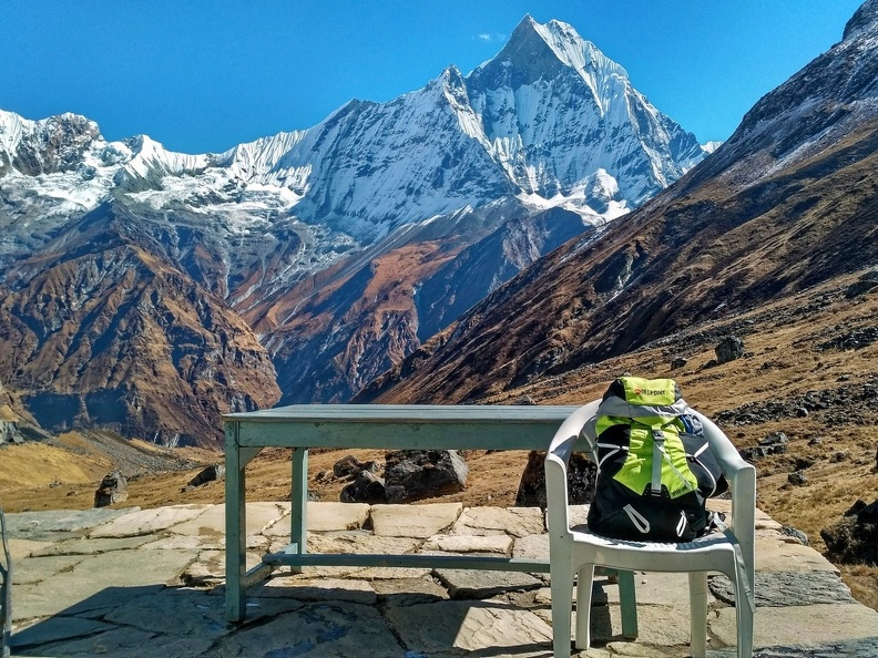 Nepal_Dawn_at_the_foot_of_Annapurna_hikeup_47.jpg