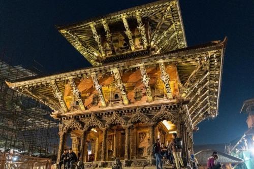 uglublenie-v-zhizn-nepala-religiya-i-kultura 1