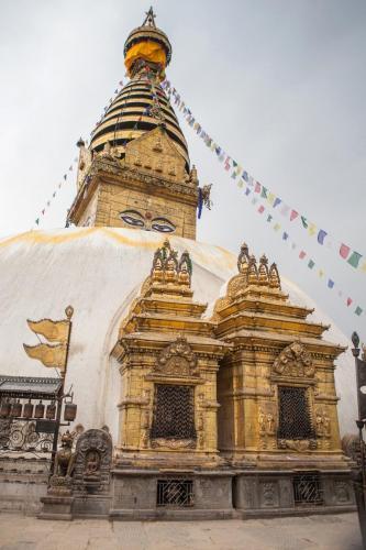 sightseeing tour of kathmandu 8