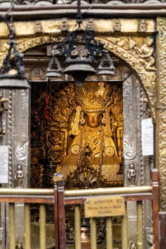uglublenie-v-zhizn-nepala-religiya-i-kultura 13