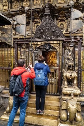 uglublenie-v-zhizn-nepala-religiya-i-kultura 14