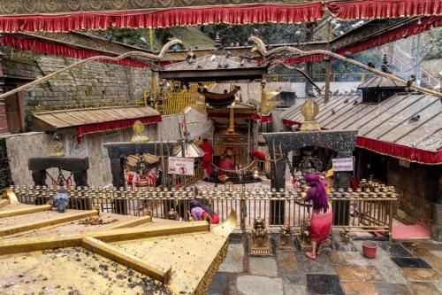 uglublenie-v-zhizn-nepala-religiya-i-kultura 20